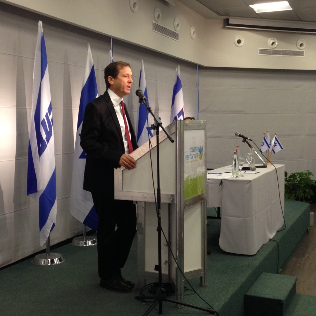 Opposition Leader Isaac Herzog briefing diplomats