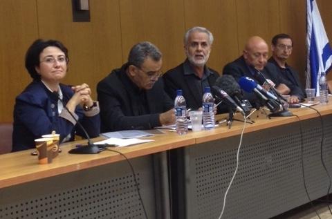 משמאל לימין: חברי הכנסת זועבי, זחאלקה, צרצור, גאטס, חנין