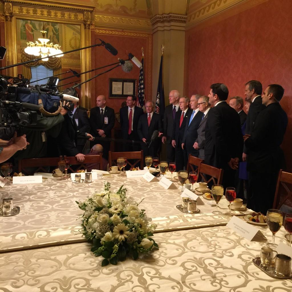 פגישה עם הנהגת הסנטורים משתי המפלגות, שעתיים אחרי נאום נתניהו בקונגרס, 3 במארס 2015