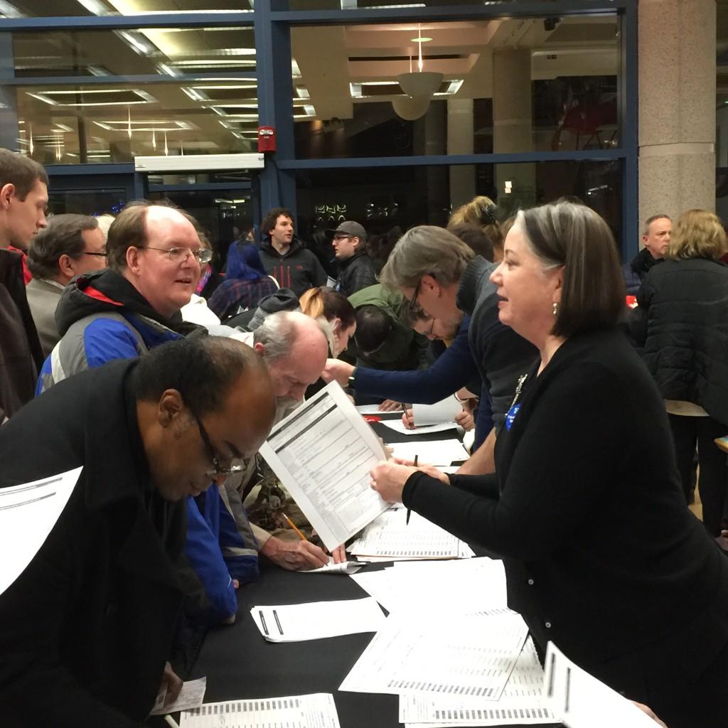 הסבר על ההצבעה, היוועדות הדמוקרטים במוזיאון